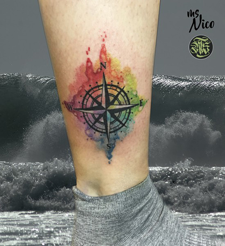 missnico allstyletattooberlin allstyletattoo watercolortattoo watercolor aquarell aquarelltattoo aquarelletattoo compass compasstattoo kompass kompasstattoo colortattoo cooltattoo tattoo ink inked germantattooers ankletattoo knöcheltattoo