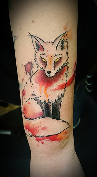fox foxtattoo foxy animaltattoo aquarell watercolortattoo farbtattoo colortattoo unterarmtattoo forearmtattoo fuchstattoo tattooberlin wasserfarbentattoo watercolor aquarelltattoo allstyletattooberlin sajosuriel sajo sajotattoo animal creepy cute allstyletattoo